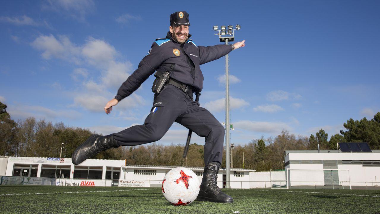 «Es más difícil ser policía que meter un gol»