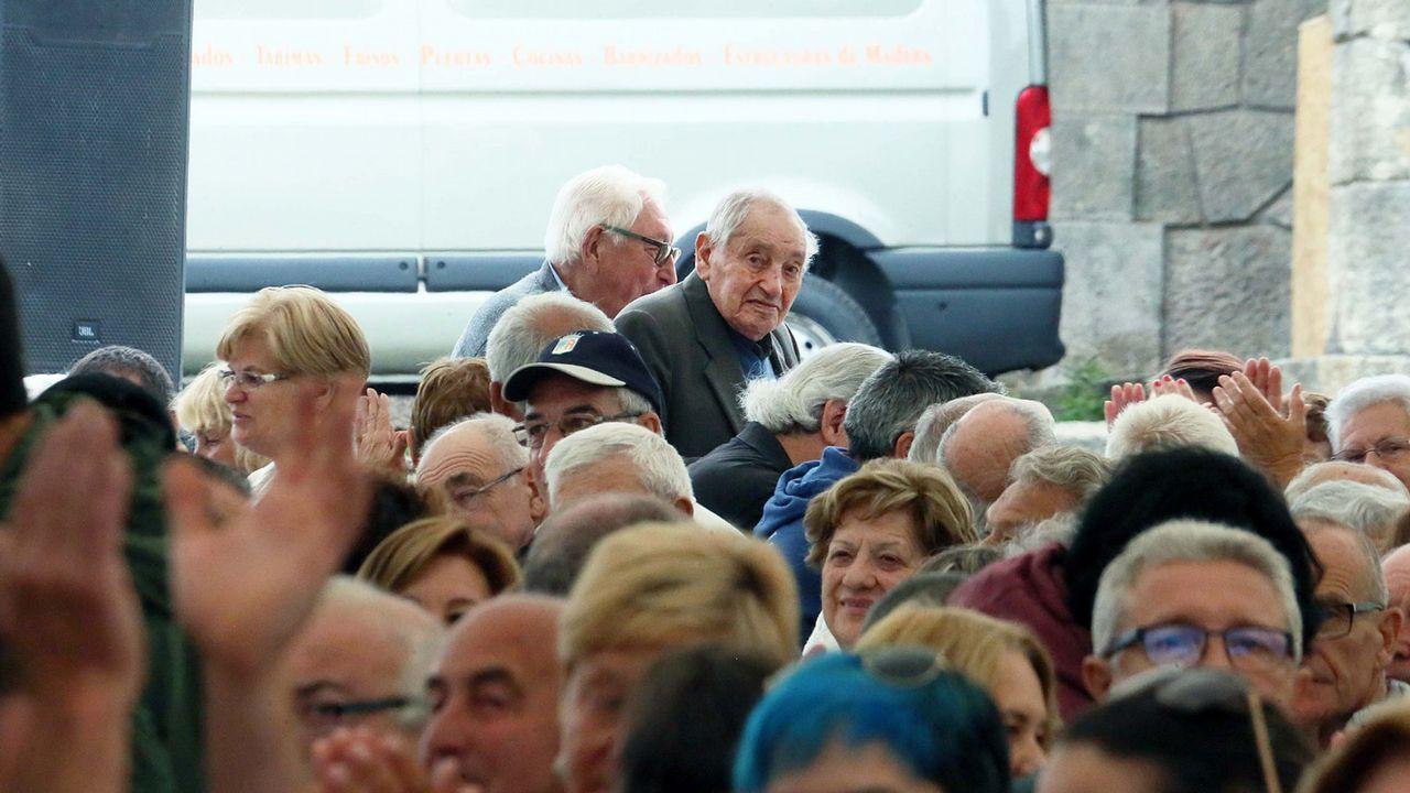 Reencuentro tras Mauthausen: «El morreu nos brazos de meu pai».Agustín Hevia Ballina, archivero de la Catedral de Oviedo