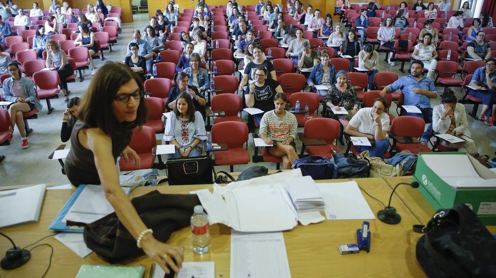 Examen de oposición de Educación en Santiago