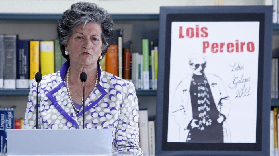 Las fotos de la Gala do Deporte de Monforte 2019.Inés Pereiro nun acto de homenaxe ao seu fillo, o poeta Lois Pereiro, celebrado no 2011 no instituto Río Cabe con motivo do Día das Letras Galegas