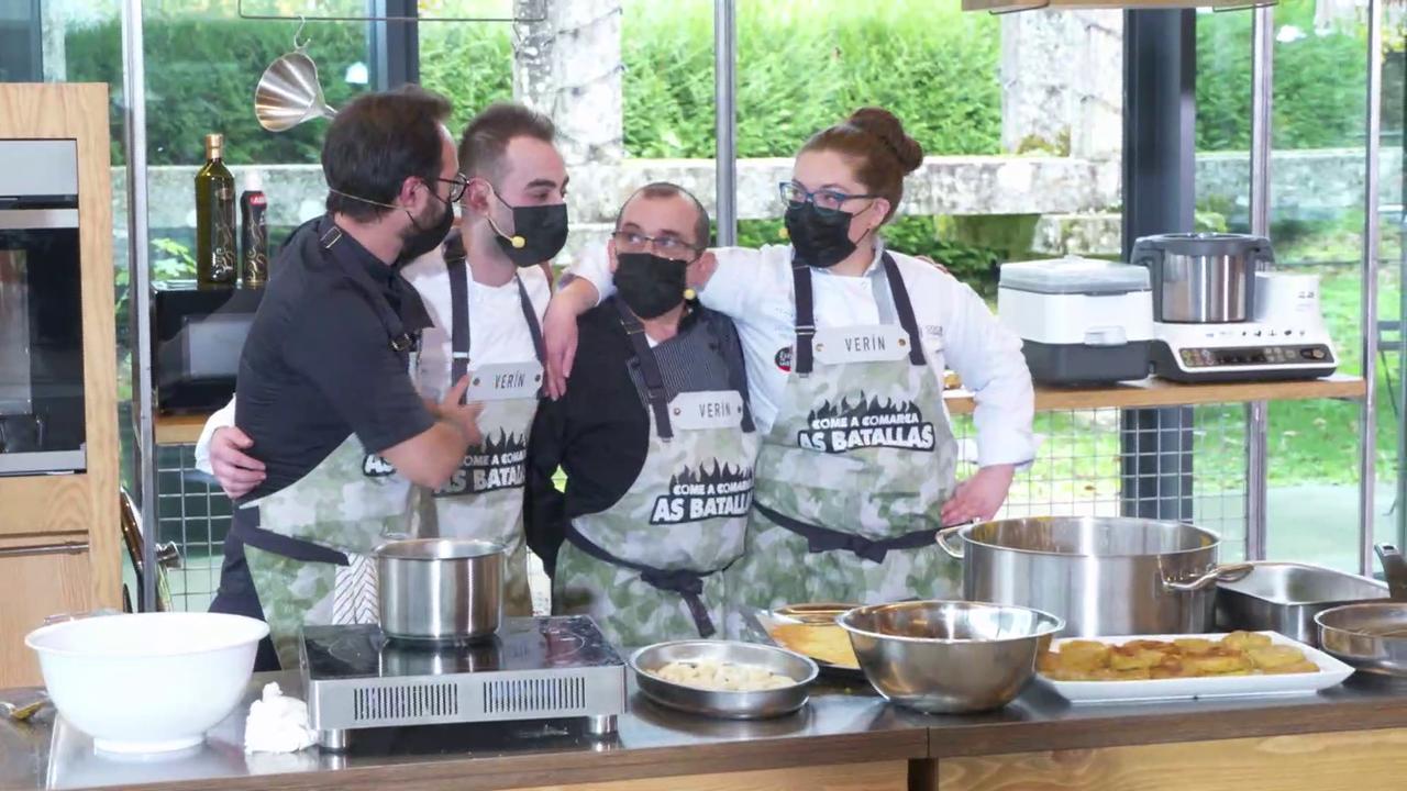 Catro dos cinco membros do equipo de Verín -un membro de cada equipo foi expulsado durante o cociñado para engadir aínda máis dificultade ao cociñado