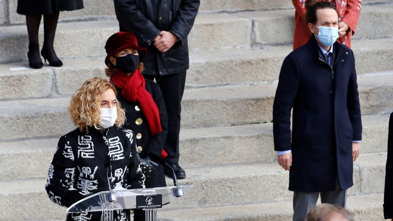 La celebración del Día de la Constitución, en imágenes.La presidenta del Congreso, Meritxell Batet, ofrece su discurso institucional en presencia de los vicepresidentes Carmen Calvo y Pablo Iglesias