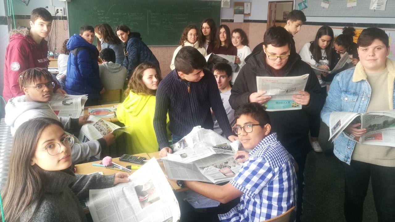 Os estudantes traballan con La Voz de la Escuela todo o ano, e fan da noticia unha ferramenta de aprendizaxe. E agora en dobre dirección