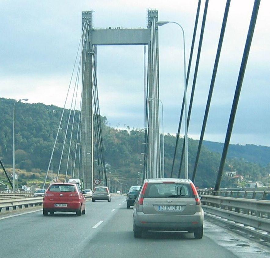 A Vigo sin pasar por Santiago.El paso de los coches tendrá que protegerse.