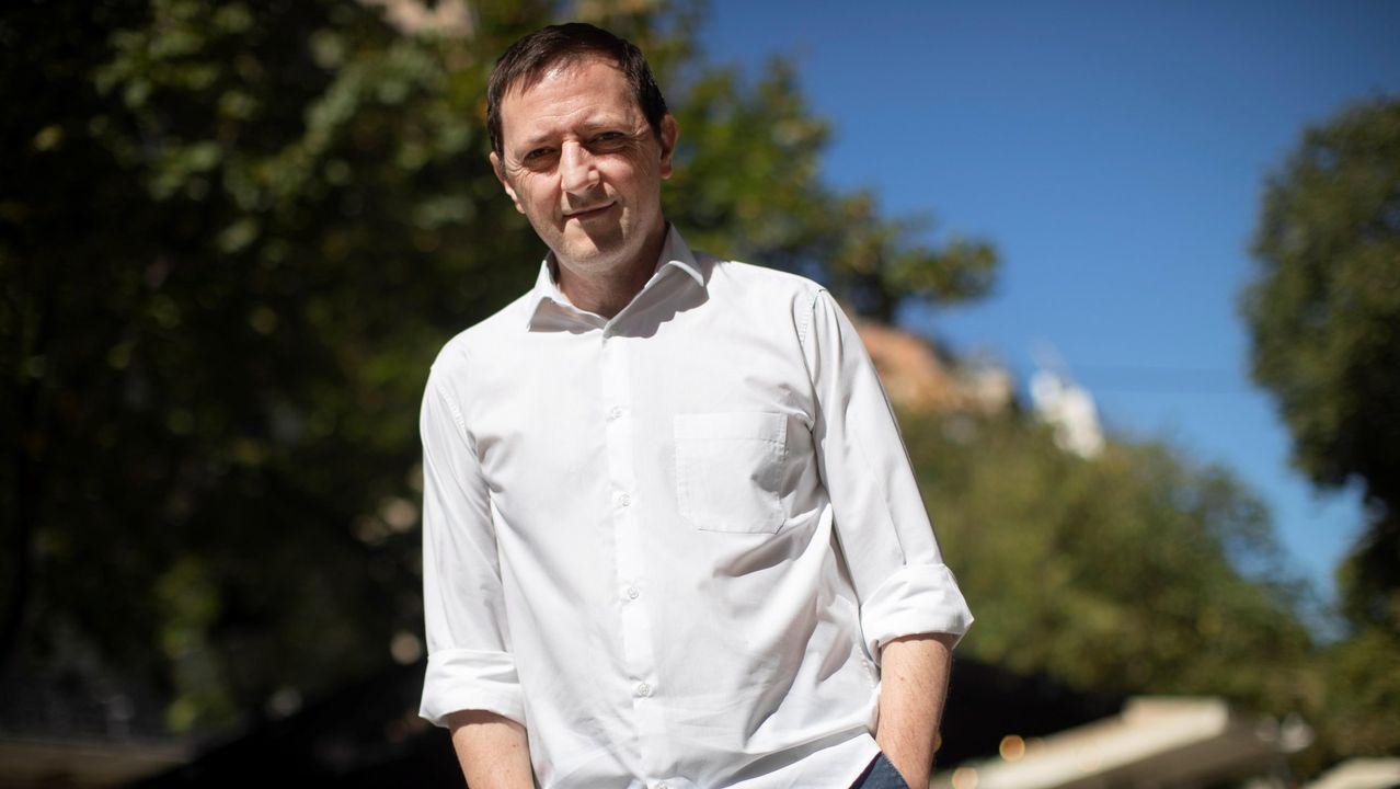 El escritor Ignacio Martínez de Pisón acaba de presentar «Fin de temporada»