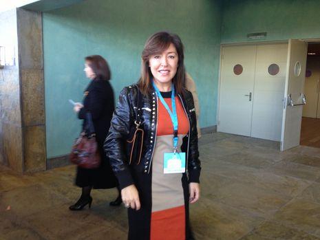 Beatriz Mato, elegida por Negreira como vicepresidenta del partido, momentos antes de la votación