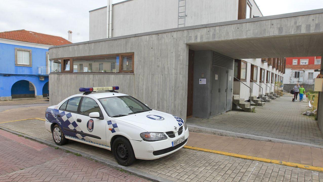 Asívotó A Coruña en las primeras elecciones poscovid.COLAS EN LA OFICINA DE EMPLEO (PARO) EN LA PLAZA DE RAFAEL DIESTE