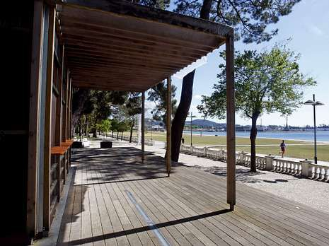 El buen tiempo animará el parque y la playa Compostela.