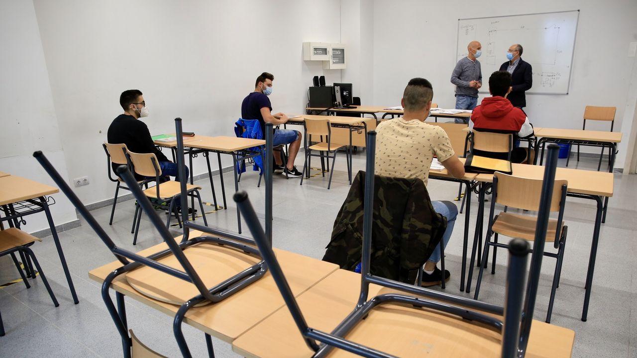 Regreso a las aulas en Ribeira.Las clases se adaptarán a las condiciones sanitarias, como ocurre ahora. En la imagen, el CIFP As Mercedes, en Lugo