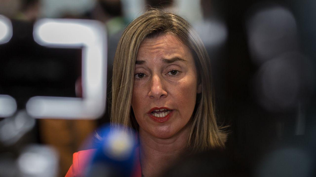 La jefa de la diplomacia europea, Federica Mogherini, cree que la expulsión del embajador alemán solo contribuye a la elevar las tensiones y socavar la salida política a la crisis