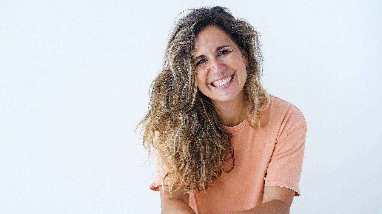 Eli Hidalgo, comunicadora, está en la plataforma Expándete, que da voz a la maternidad