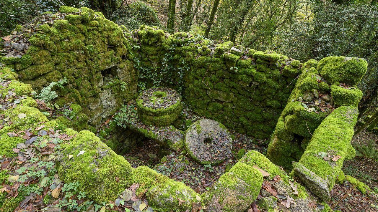 Algunas construcciones todavía albergar viejas piedras de moler