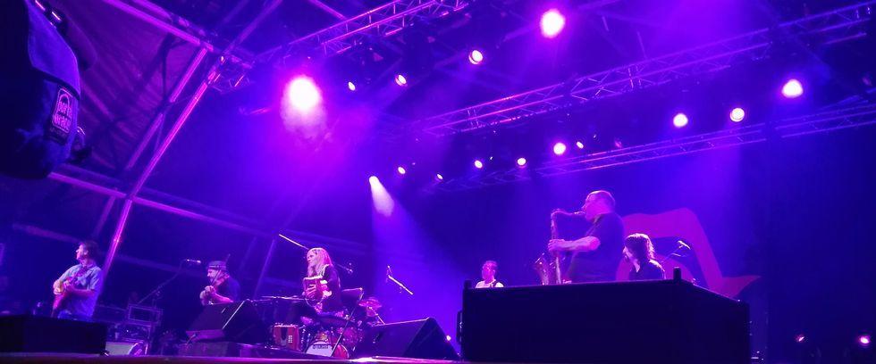 La acordeonista irlandesa Sharon Shannon, durante el concierto.