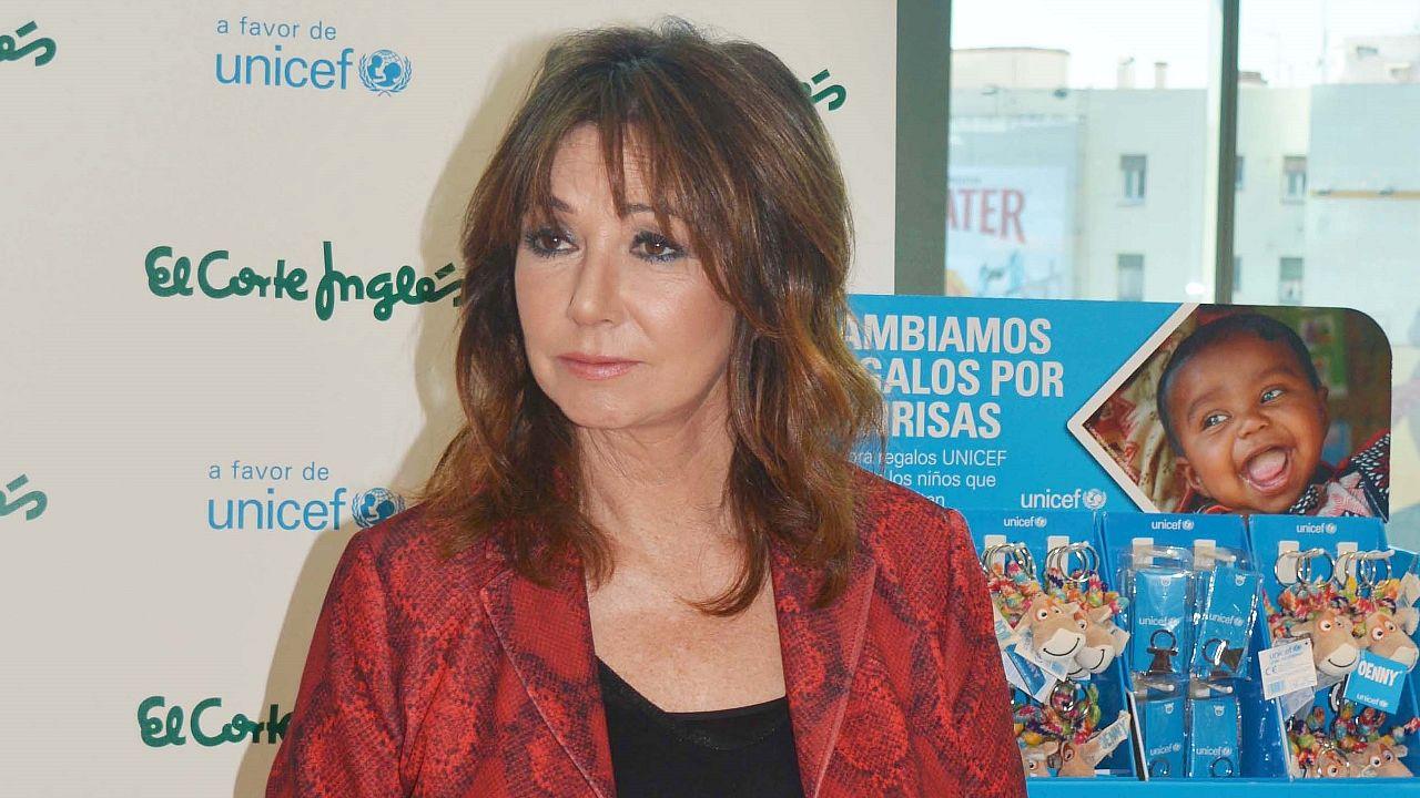 María Castro, durante la pedida de mano en «El Hormiguero»