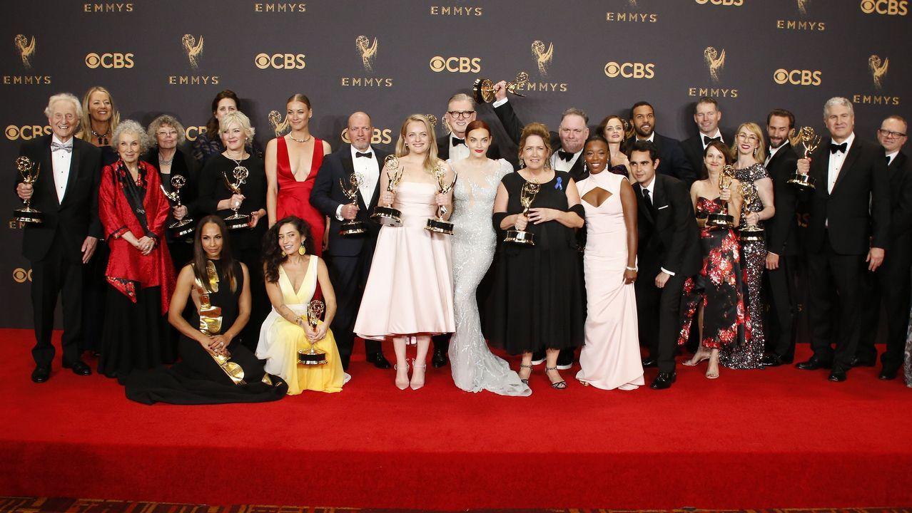 Equipo de «The Handmasid's Tale» tras los Emmy