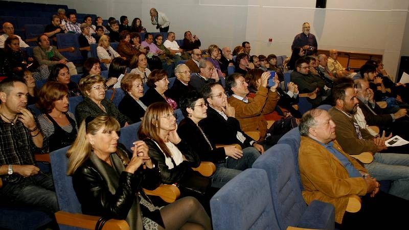 Caras de la cultura, política y autoridades participaron en el aniversario de Díaz Pardo.