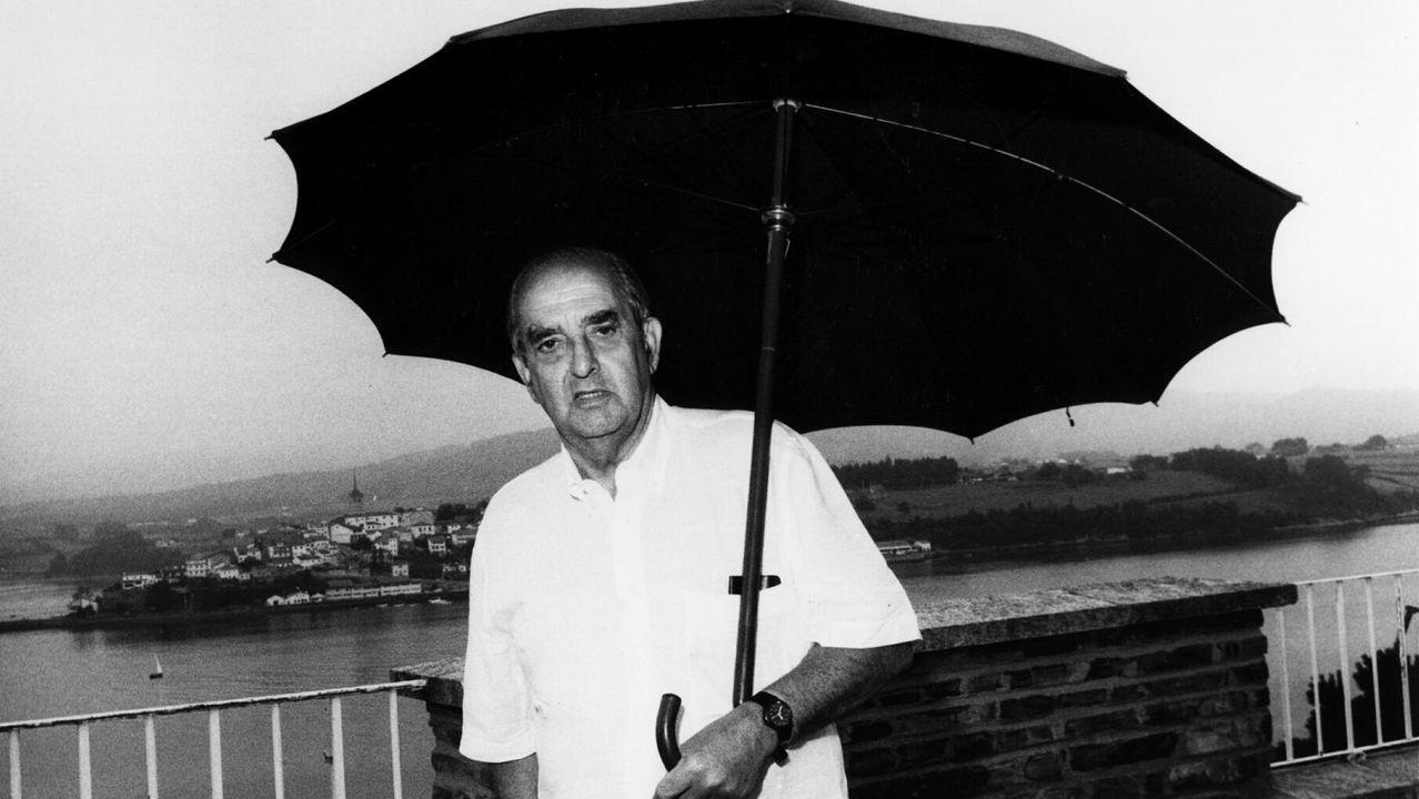 Fernando Morán en Ribadeo en 1992