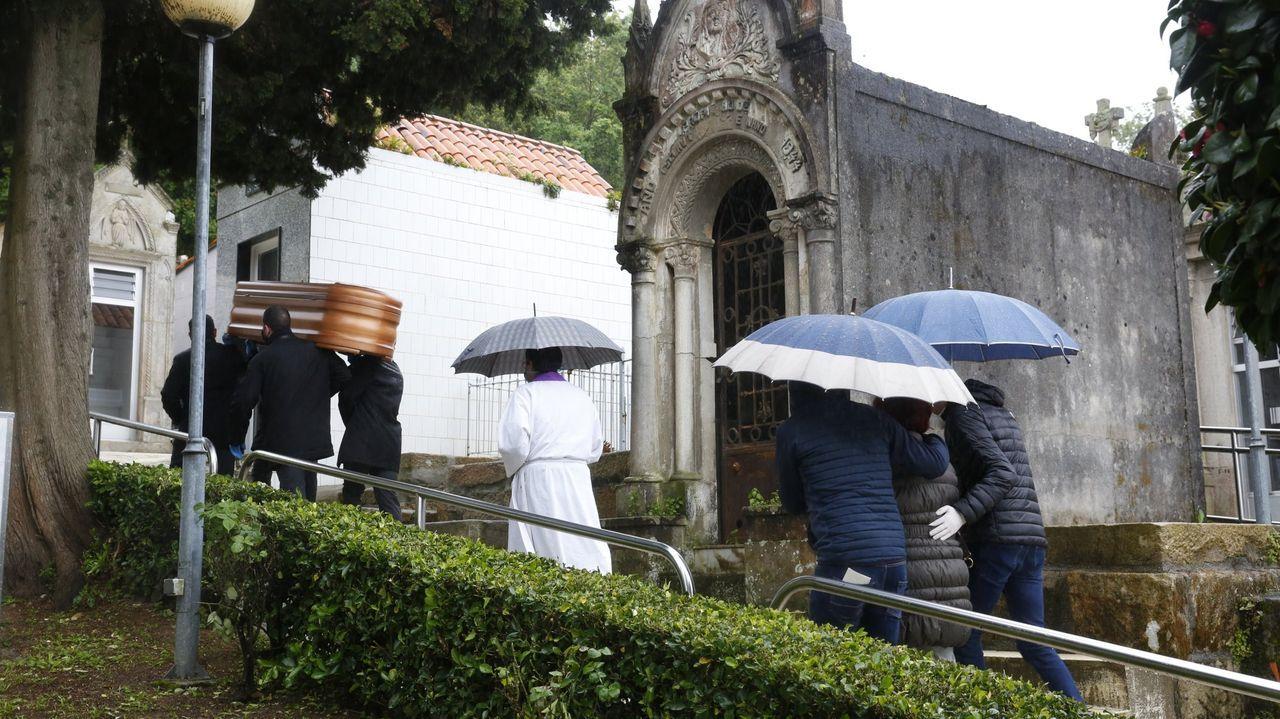 Entierro en el cementerio de Lourizán con restricciones por el coronavirus