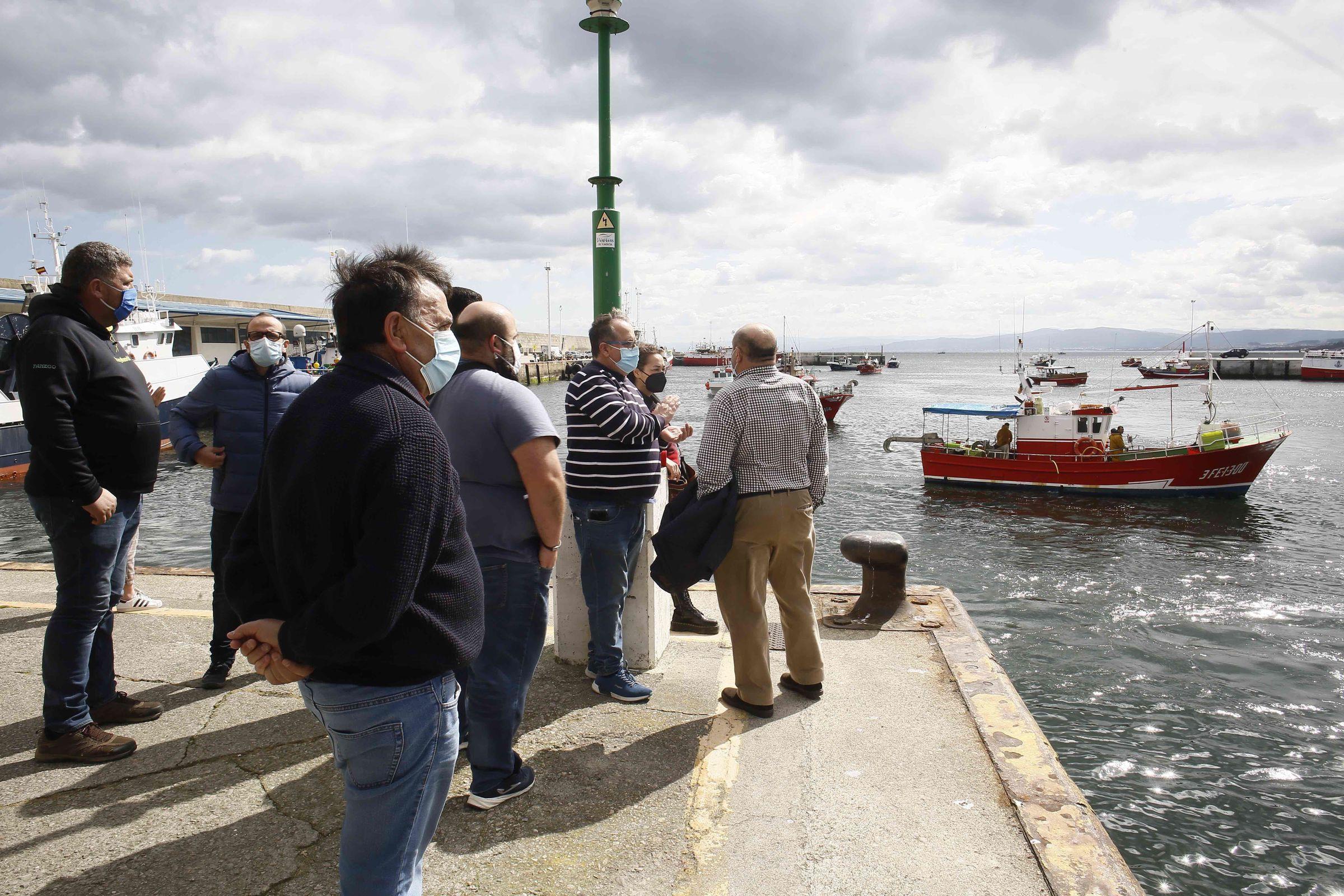 La protesta en el puerto de Burela
