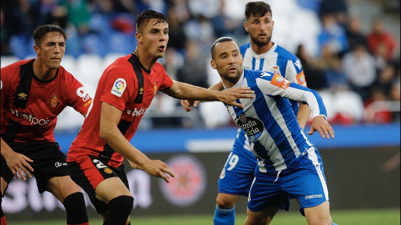 Toche Real Oviedo Extremadura Carlos Tartiere.Imagen del partido del pasado 27 de mayo en Riazor entre el Deportivo y el Mallorca que acabó con triunfo local por 1-0