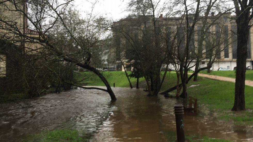 Crecida del río Gafos en Pontevedra.