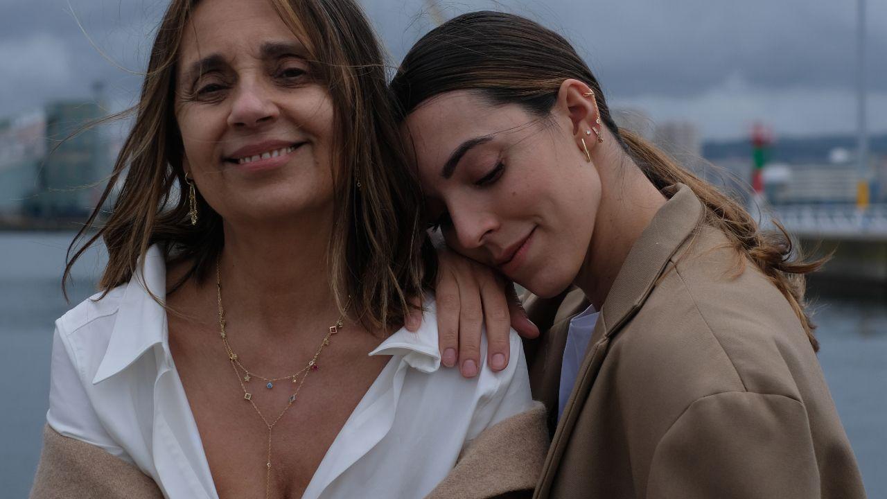 Omaira Marcos y su hija Carla Estévez