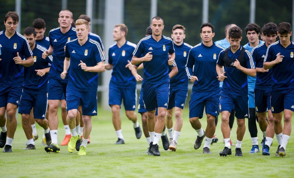 convocatoria entrenamiento requexon.Los jugadores del Real Oviedo entrenando en El Requexón
