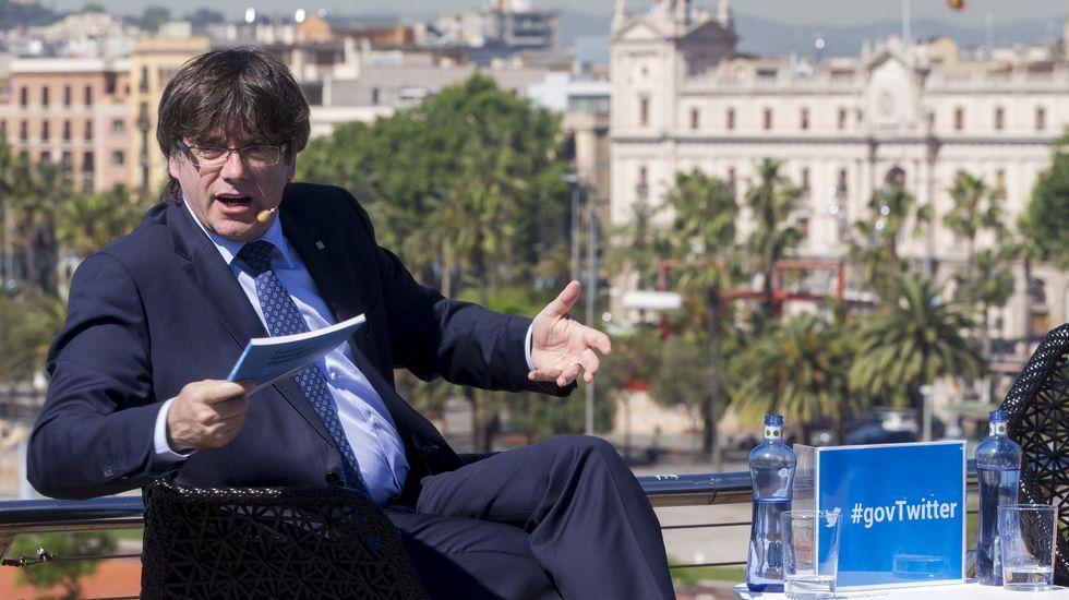 Puigdemont, en la presentación en Barcelona de un manual sobre gobierno en Twitter.