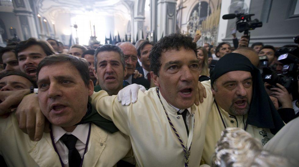 La devoción de Antonio Banderas, en imágenes