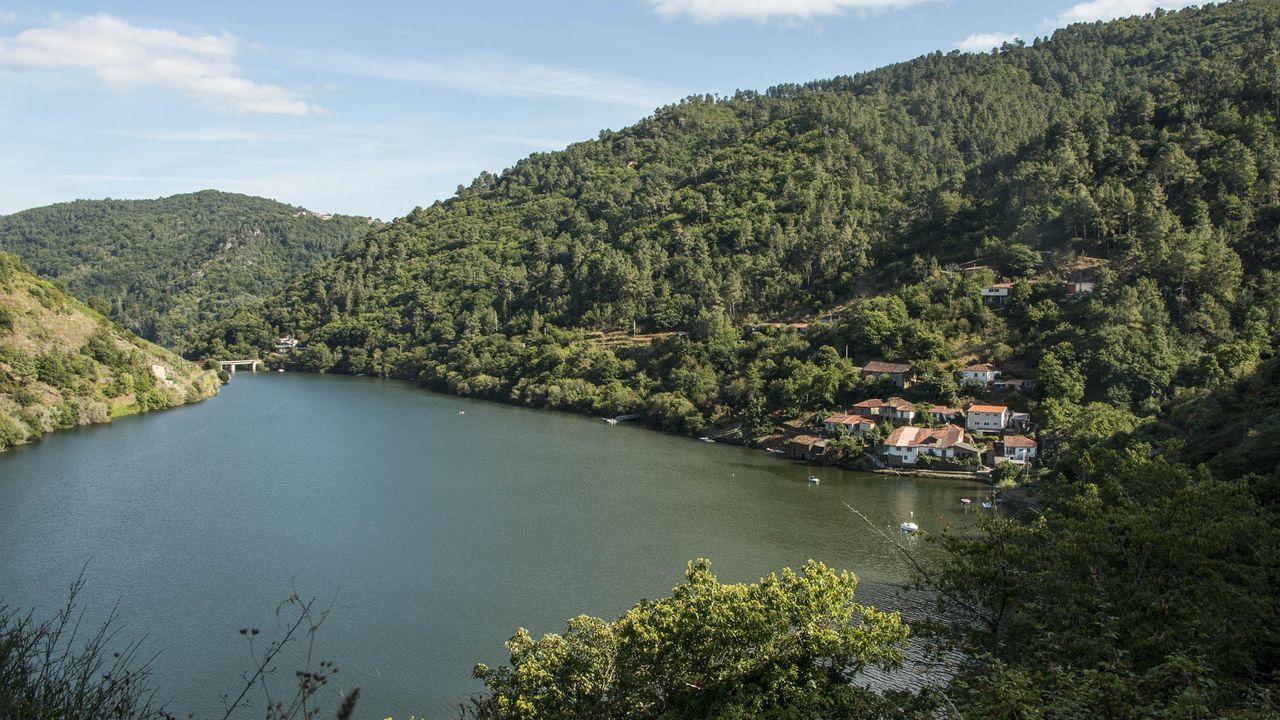 Ruta de la Iglesia de Nogueira de Miño, uno de los paraísos de María Vázquez