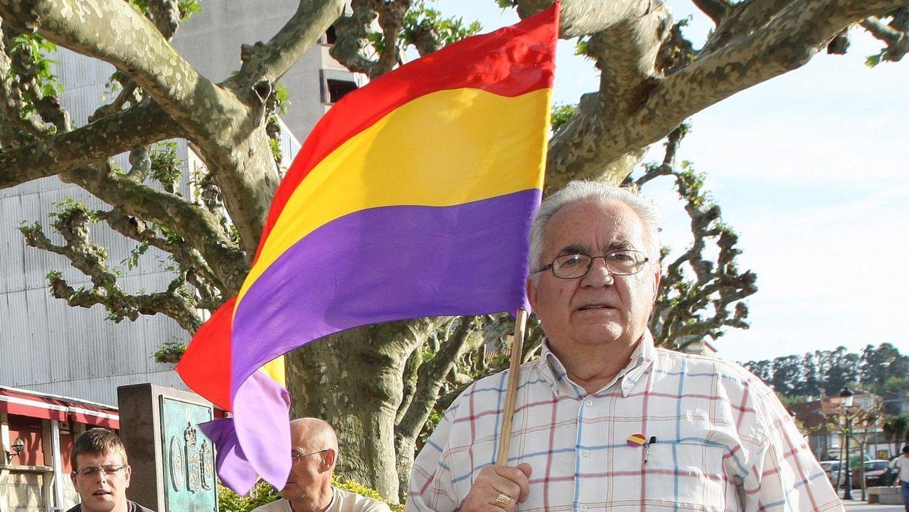 Arranca la campaña electoral en Ourense.El ex coordinador federal de IU Julio Anguita definió la situación de España como «de postración extrema»