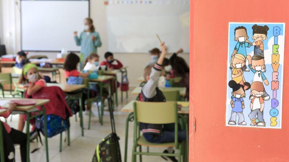 Los centros educativos despliegan todo tipo de estrategias para mantener a los alumnos protegidos contra el covid-19