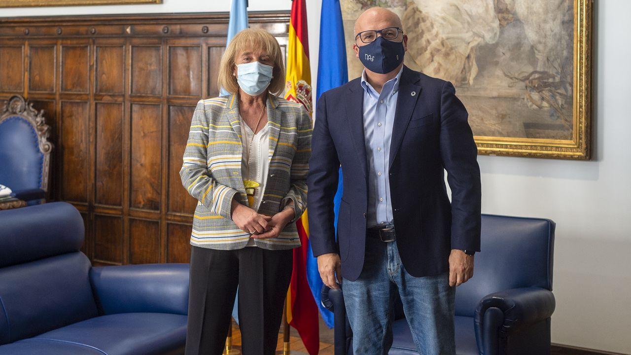 Marisol Díaz, presidenta de la CEO, y José Manuel Baltar, presidente de la Diputación de Ourense en un encuentro en la sede provincial