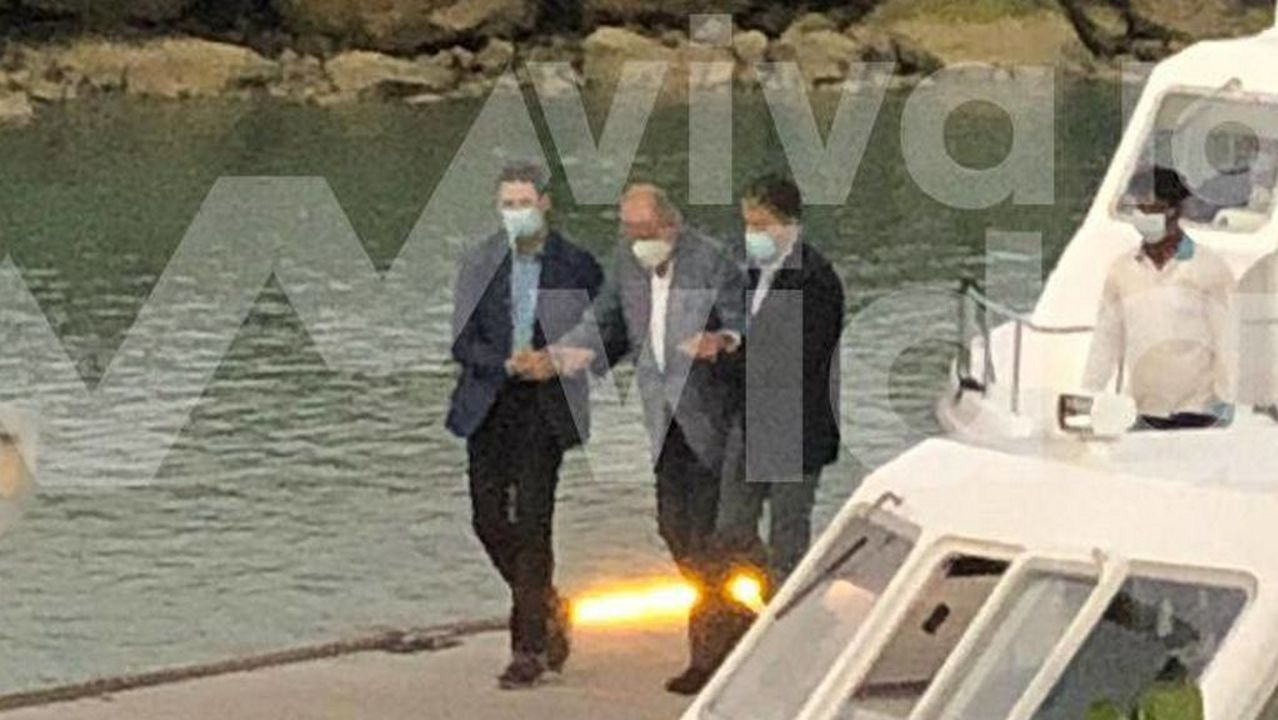 Iceta y Darias juran sus cargos como nuevos ministros.La foto del rey Juan Carlos I en Abu Dabi, publicada por el programa de Telecinco «Viva la vida»