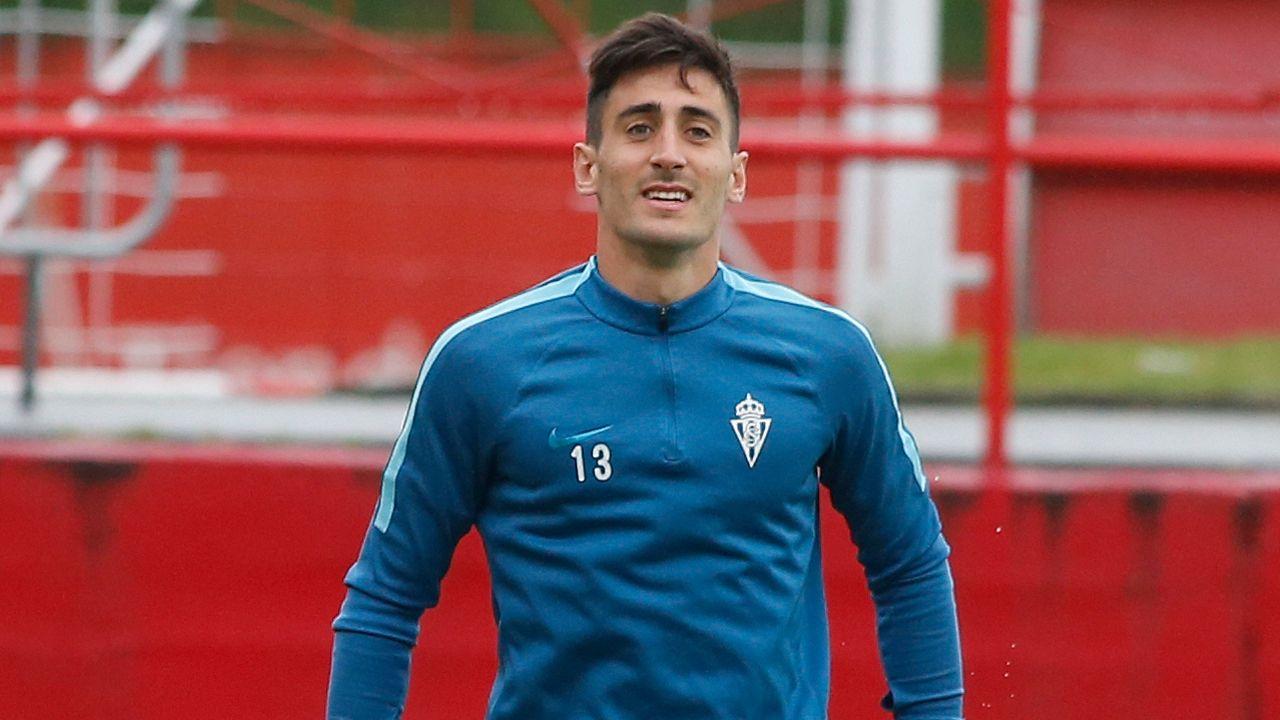 Gol Toche Real Oviedo Extremadura Carlos Tartiere.Jugadores del Oviedo entrenando en El Requexón
