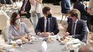 La presidenta de la Comunidad de Madrid, Isabel Díaz Ayuso; el presidente del Partido Popular, Pablo Casado, y el alcalde de Madrid, José Luis Martínez-Almeida, conversan durante un desayuno informativo del Fórum Europa el pasado martes.