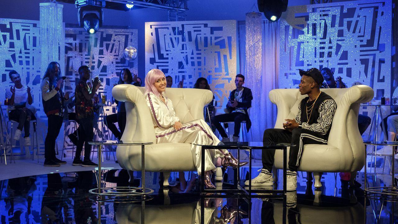 Miley Cyrus interpreta en uno de los episodios de la serie a una estrella del pop en crisis