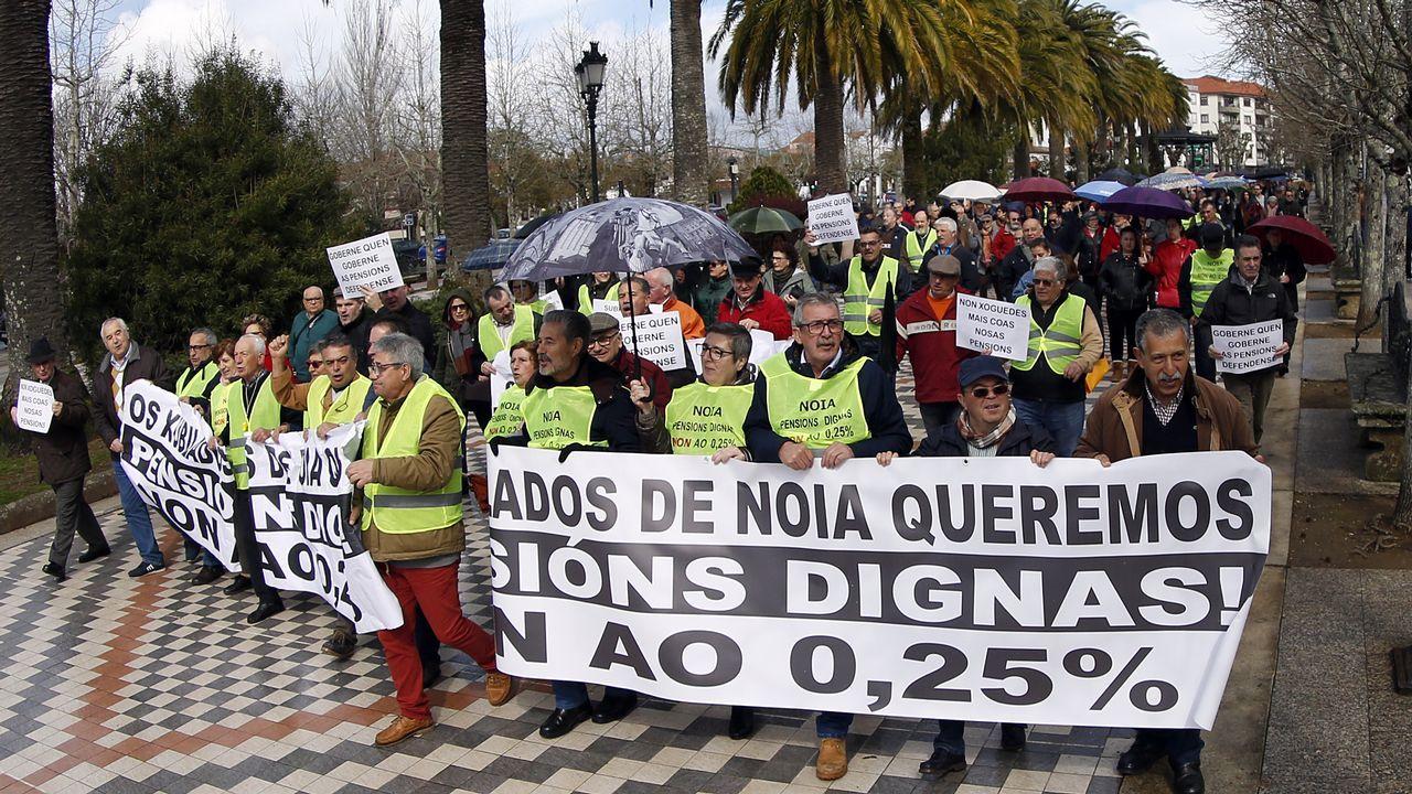 Protesta de los pensionistas en Noia, Pobra y Ribeira.En Barbanza, hubo protestas en Noia y Ribeira