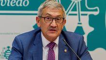 El rector de la Universidad de Oviedo, Santiago García Granda