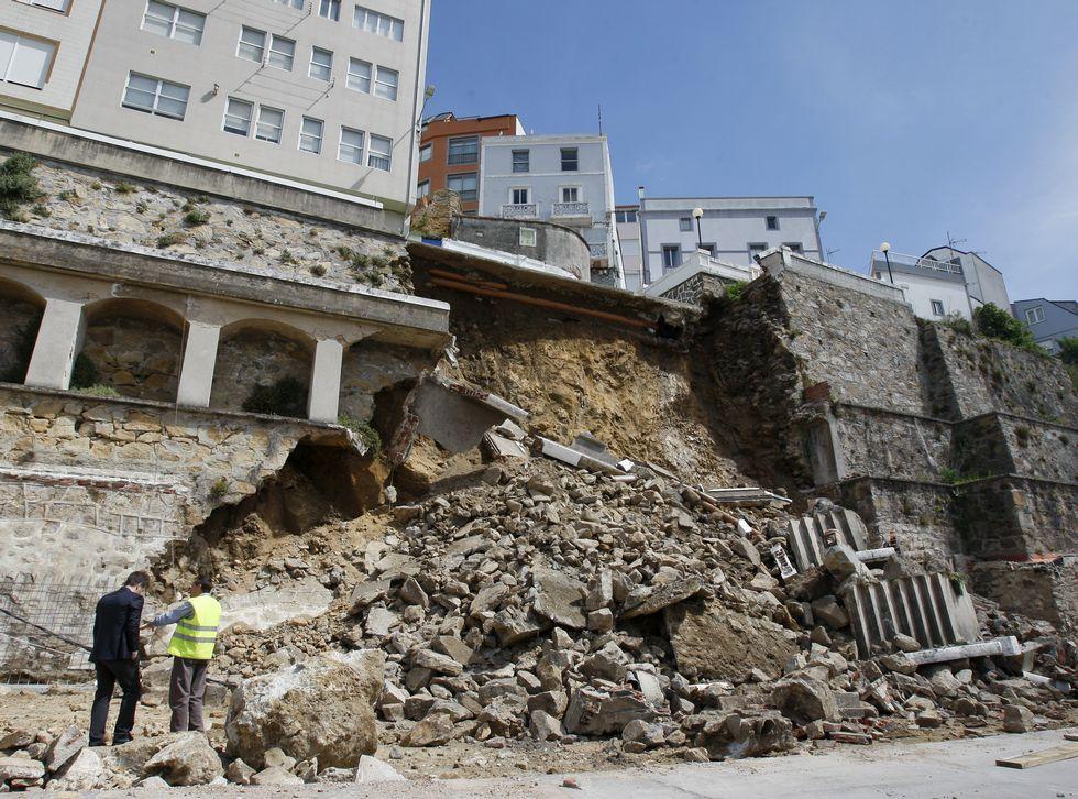 Técnicos de Portos estudiaron la situación durante toda la mañana.