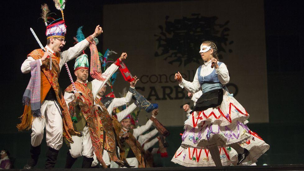Cen imaxes que non poderás deixar de ver: noite de música tradicional en Carballo