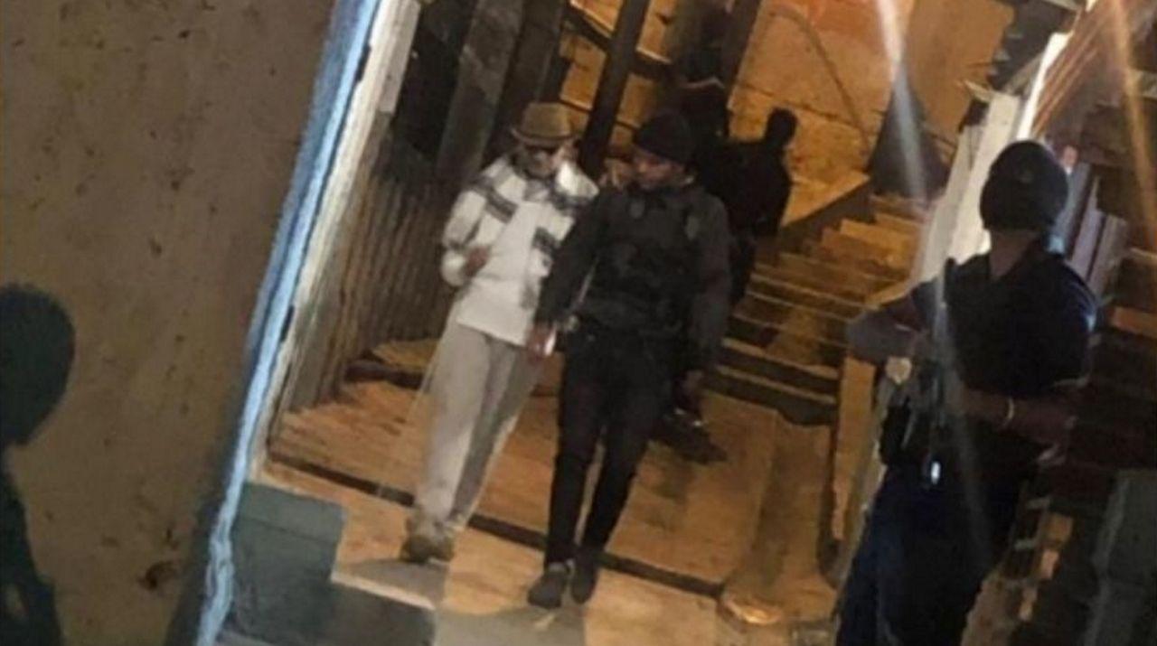El opositor o Iván Simonovis ha difundido una imagen en la que supuestamente aparece el guerrillero Jesús Santrich