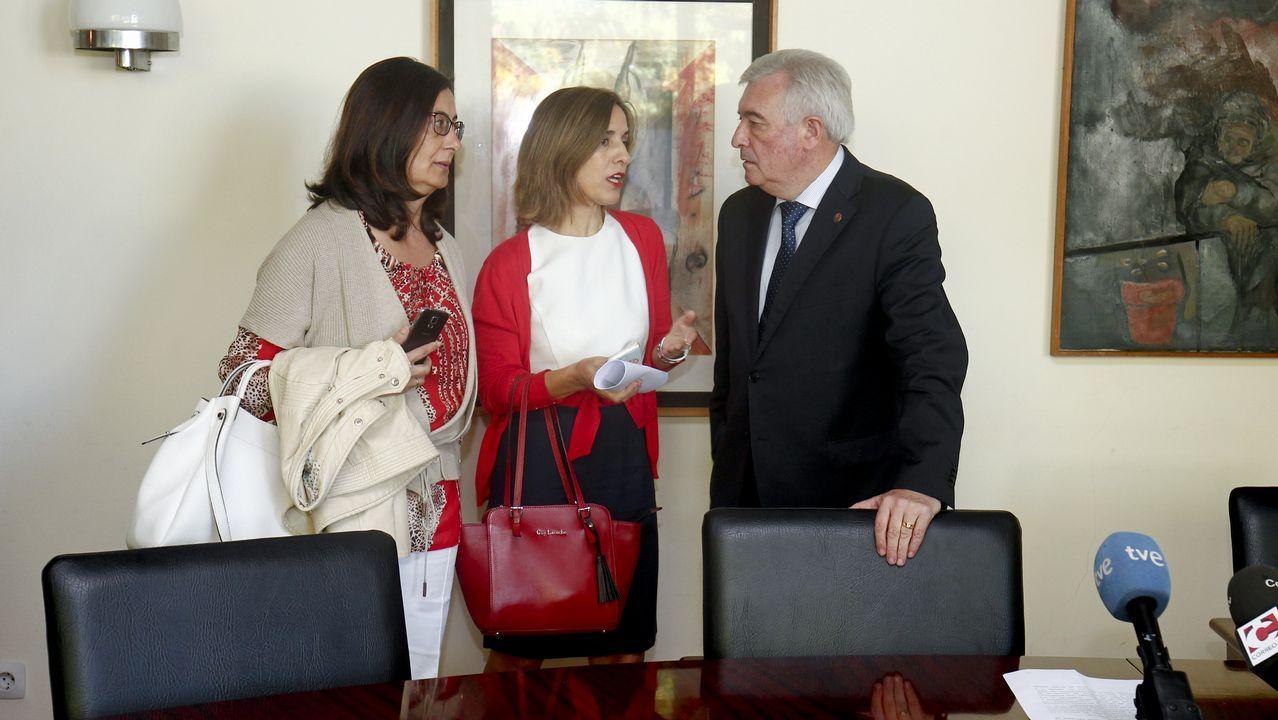Leonardo Padura, junto a Juan Villoro, en el hotel de la Reconquista, jurados ambos del Premio Princesa de las Letras 2018