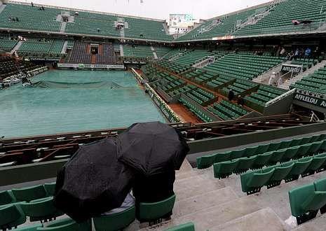 Temperaturas extremas en el Abierto de Australia.Imagen de ayer de la pista central de Roland Garros.