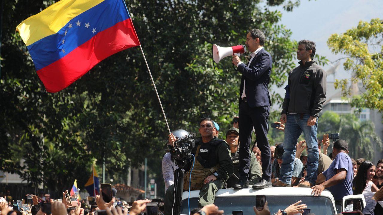 Juan Guaidó y Leopoldo López, durante una manifestación el pasado 30 de abril