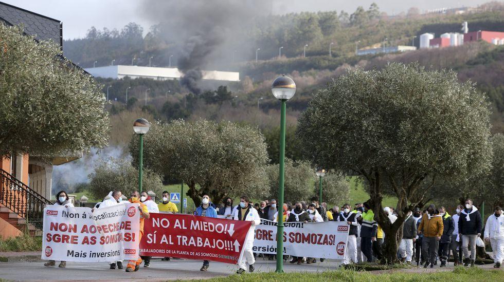 Los trabajadores de As Somozas protagonizaron una manifestación