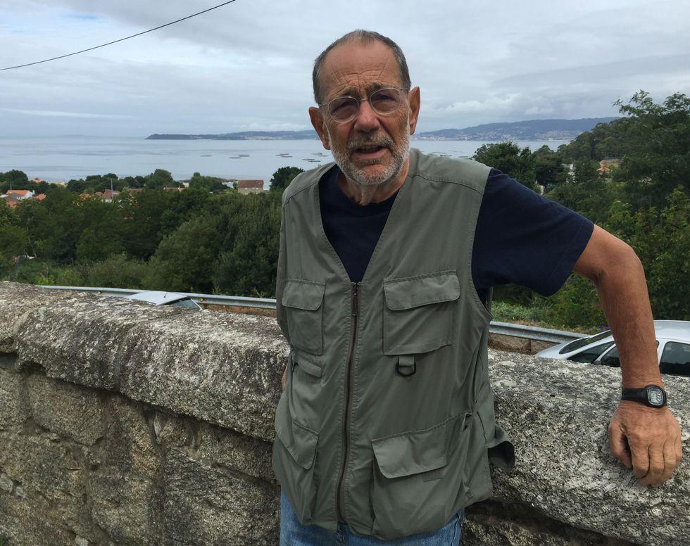 Javier Solana, hace unos días, de vacaciones en Cela (Bueu).