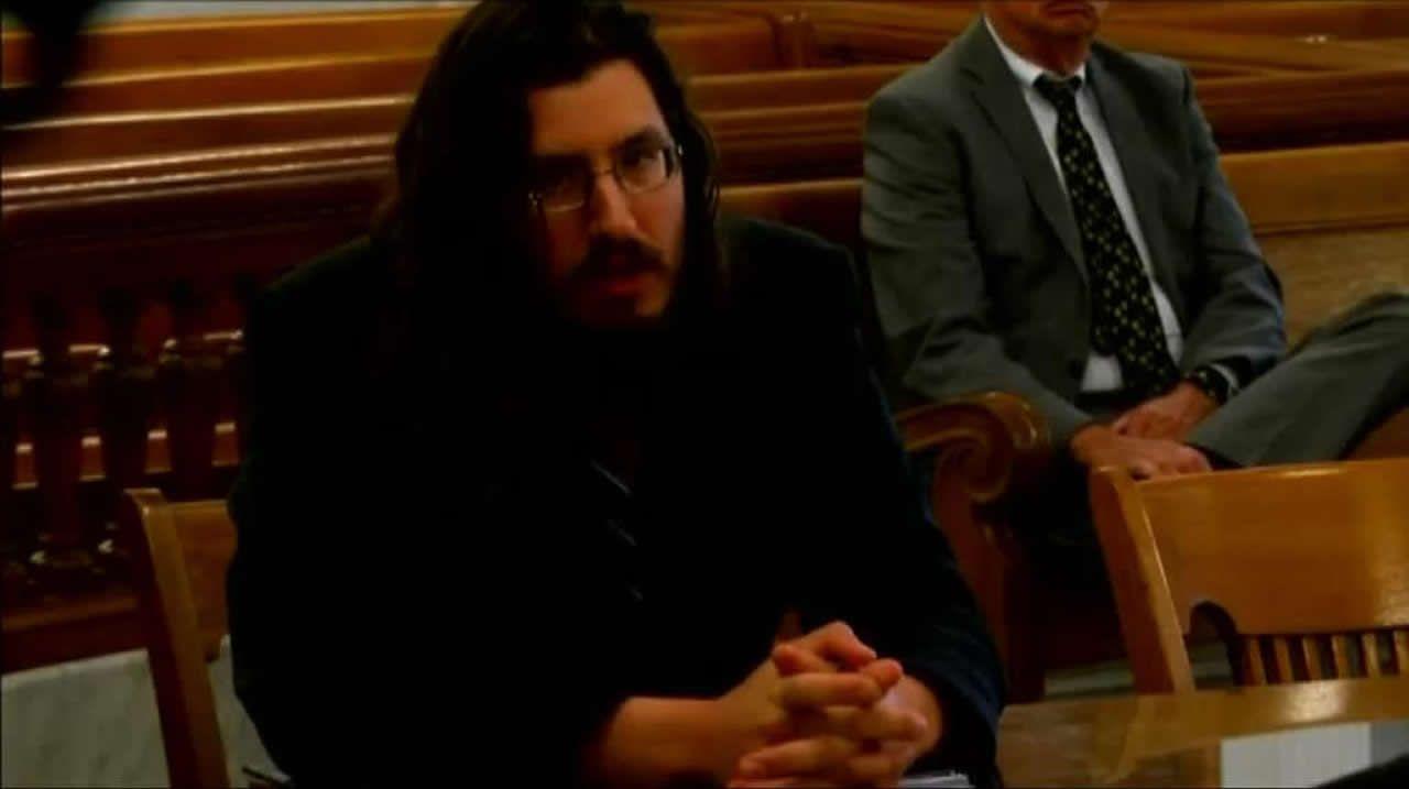 Unos padres de Nueva York demandan a su hijo de 30 años que no quiere independizarse