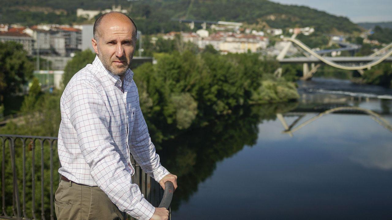 Gonzalo Pérez Jácome, de Democracia Ourensana, perdería apoyos dos años después de levantar el bastón de mando