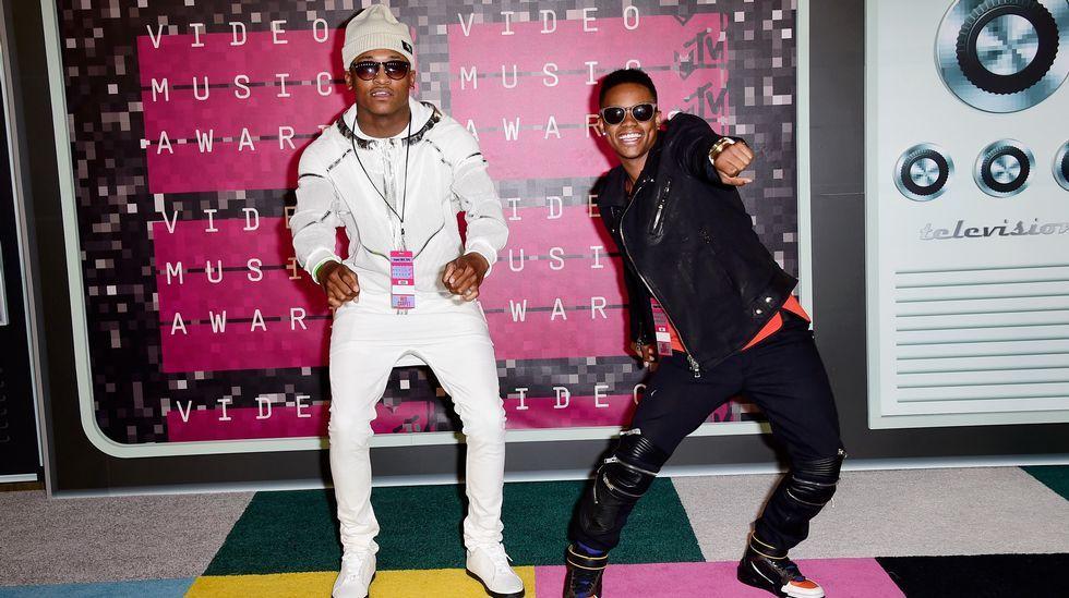 Silento y DJ Grand en la gala de los MTV Video Music Awards 2015